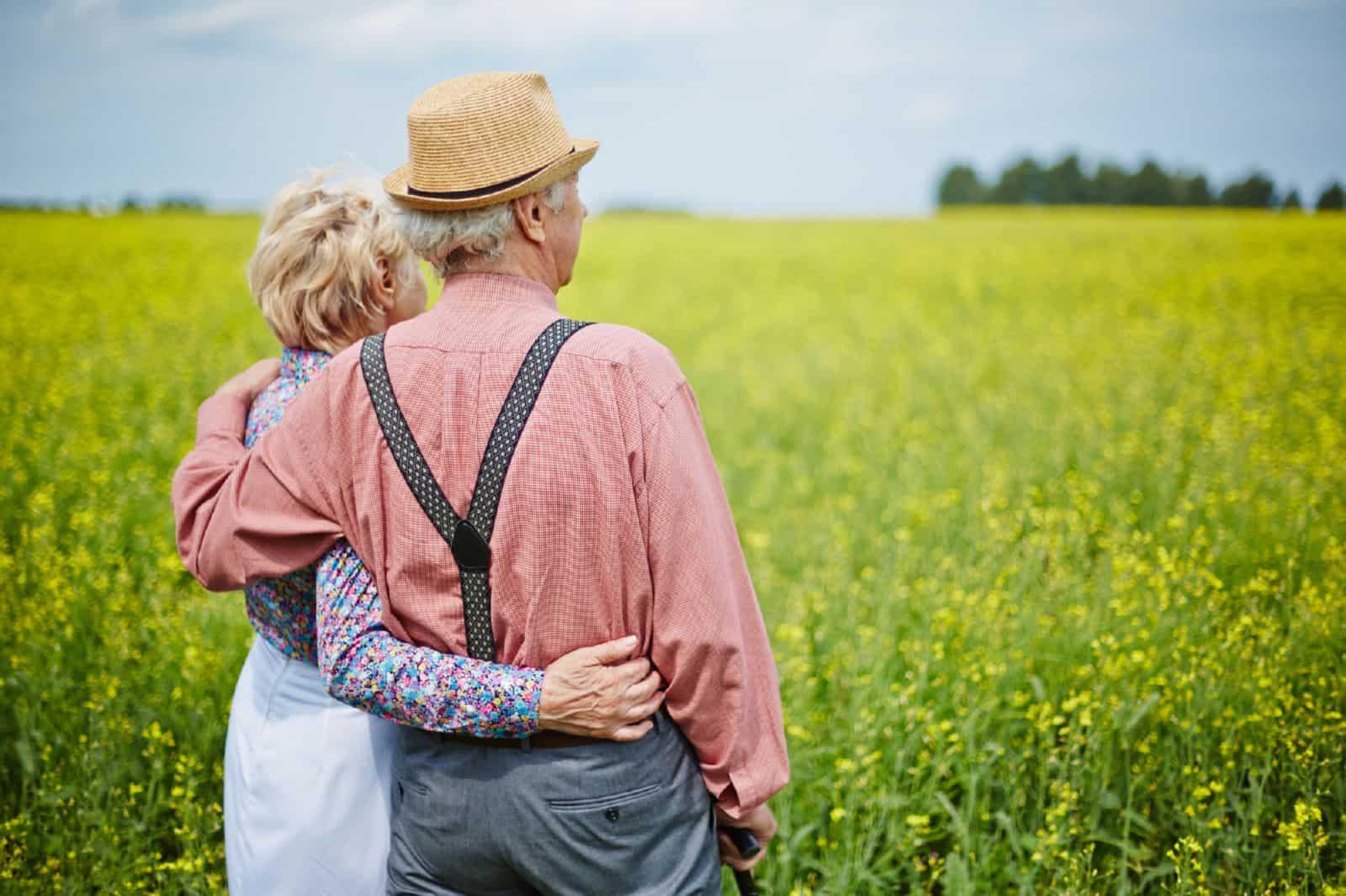 Земельный налог для пенсионеров: нужно ли нам его платить?