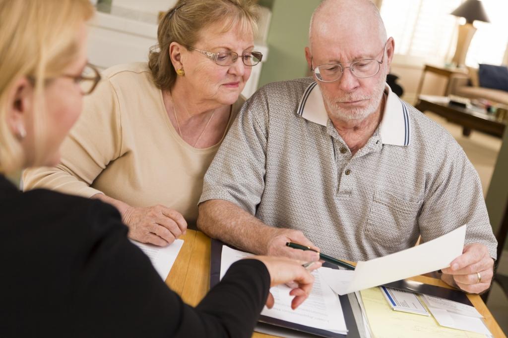 Кредиты для пенсионеров: обзор лучших предложений банков
