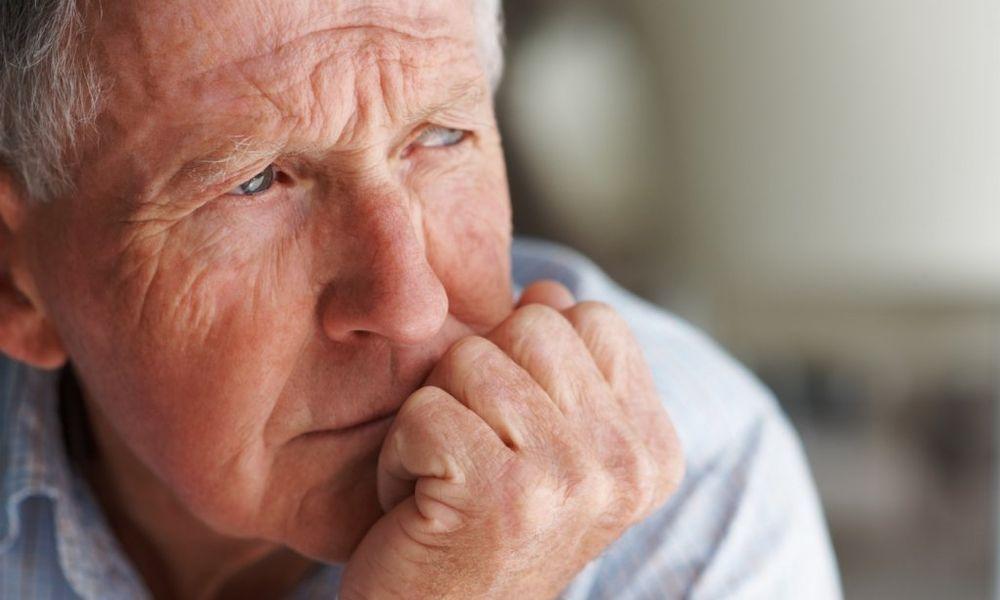 Пенсия после 35 или 40 лет трудового стажа: какие надбавки?